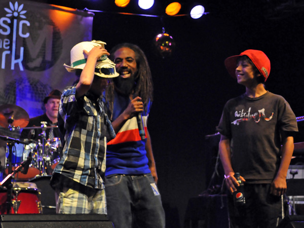 Montreux Jazz Festival 2011: Grand Mother's Funck feat. MC Akil (funk and hip-hop from Switzerland), July 1, Music in the Park, Parc Vernex.