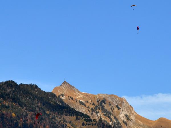 Couleurs d'automne sur le massif des Rochers-de-Naye, octobre 2011.