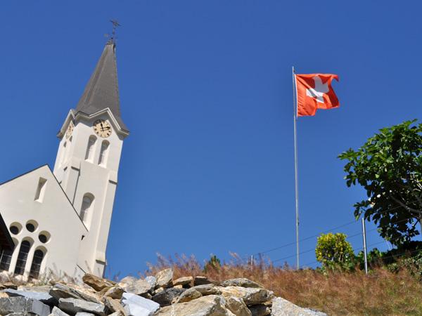 A la découverte de Saint-Léonard et de son lac souterrain, Valais central, juin 2012.