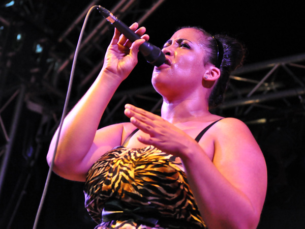 Montreux Jazz Festival 2012: Brandy Butler & the Fonxionaires, June 30, Music in the Park (Parc Vernex).