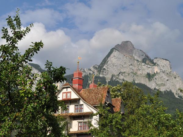 Town of Schwyz, July 2012. Ville de Schwytz, juillet 2012.