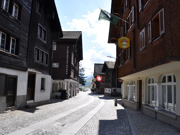 Andermatt, crossroad of the Swiss Alpine passes, August 2012. Andermatt, carrefour des cols alpins suisses, août 2012.