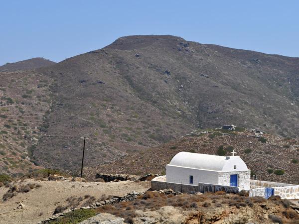 Chapelle près de Minoa, au-dessus de Katapola, Amorgos (Cyclades), août 2013.