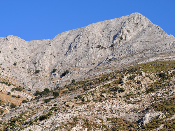 Naxos, août 2013. Mont Zas, point culminant des Cyclades (1001 m).