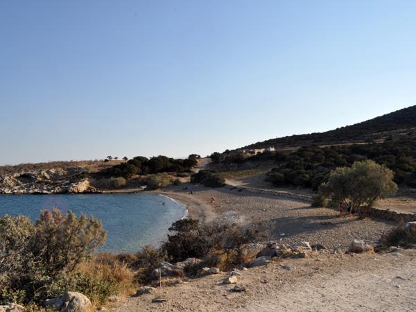 Plage de Trypiti, au sud de Paros, septembre 2013.