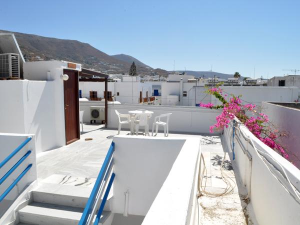 Hôtel Eleftheria, Livadhia-Parikia, Paros, septembre 2013.