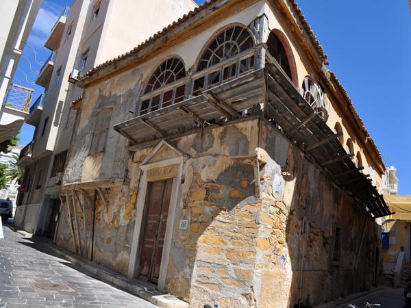 Le quartier de Vaporia, à Ermoupoli (île de Syros), capitale administrative des Cyclades, 2010.